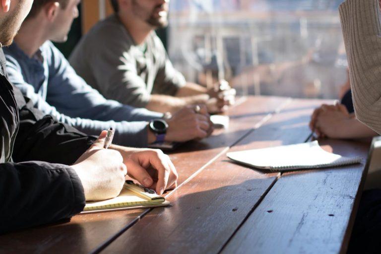 W czym mogą pomóc przedsiębiorstwu doradcy finansowi